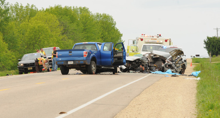 Sheriff: 1 Dead, 7 Injured In Wis. Head-On Crash
