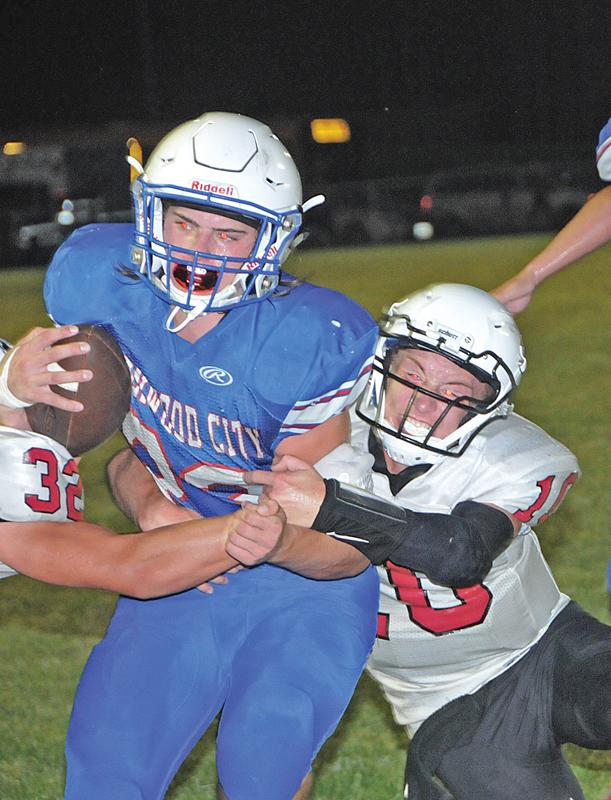 Caleb Petersen score a touchdown