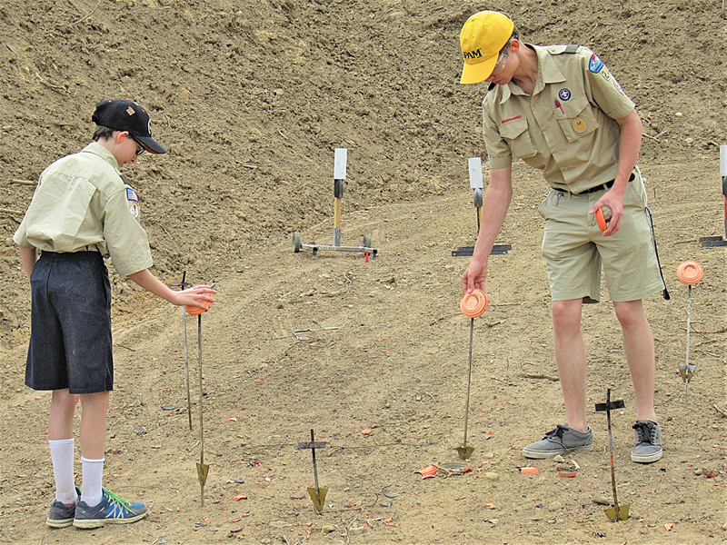 KADEN Shroeder (left) and Tanner Nierenhausen setting clay targets
