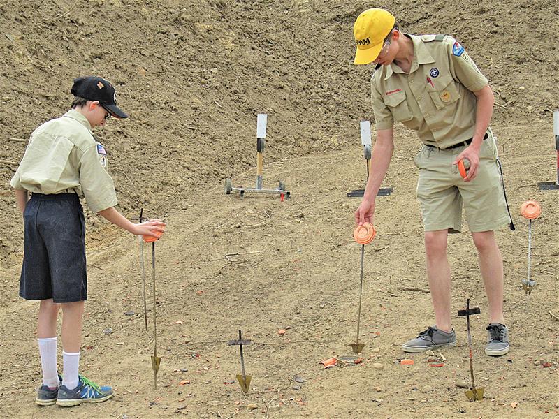 KADEN Shroeder (left) and Tanner Nierenhausen setting clay targets
