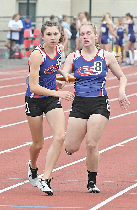 2019 State Track Saturday Meet Kinzie Strong Isabel Draxler