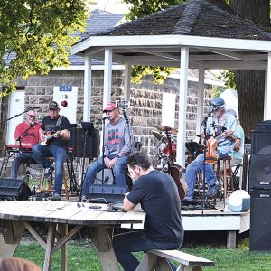 HERRICK & FRIENDS — Music in the Park