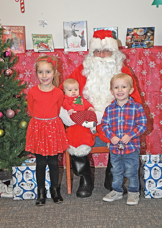 2019 Santa at GC Library