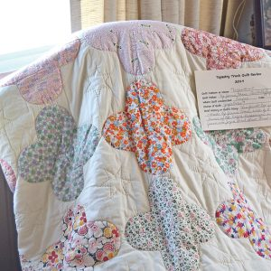 Quilt review Tapestry Trunk Jennie Chase
