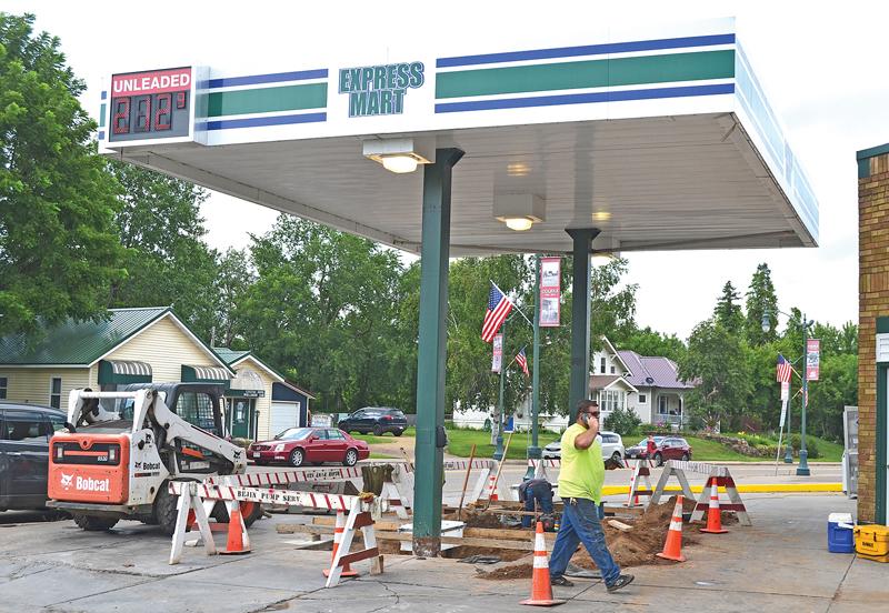 CM_Express_Mart_gas_pumps_2_July 2020