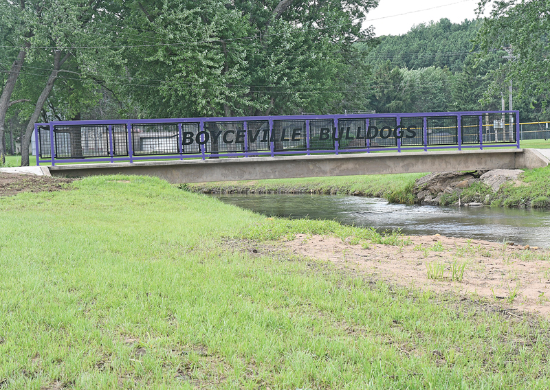 New Footbridge Railings in Boyceville