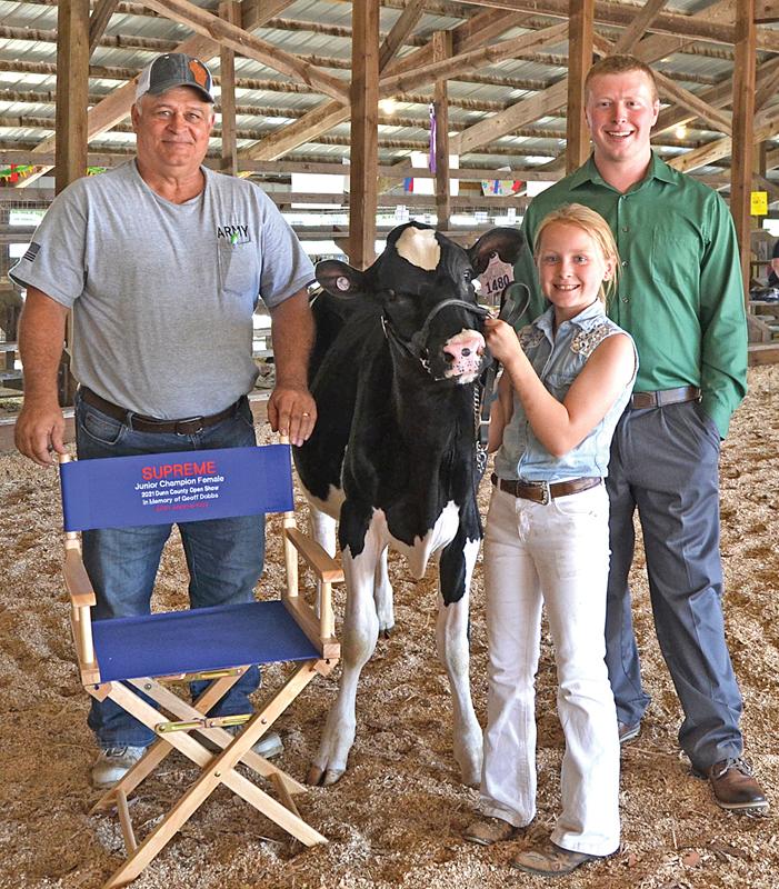 DC Dairy Open Show junior champion Shyanne Hammann