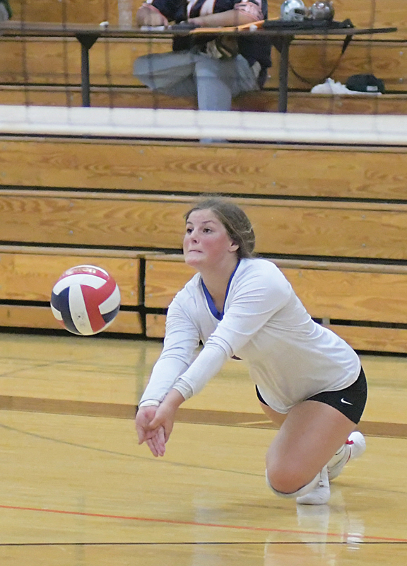 DIVING to receive a serve during a quad in Elk Mound September 9 was Glenwood City's Alexandra Peterson. Glenwood City lost all three of its matches to Somerset, Ellsworth and host Elk Mound. —photo by Shawn DeWitt