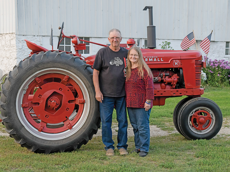 2021 RUSTIC LORE DAYS Grand Marshals are Dennis and Doris Berends. —photo by Jacob Maes Photography