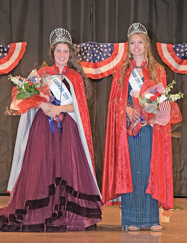 NEW MISS GLENWOOD CITY COURT — Aubree Logghe (left) was crowned the 2021-22 Miss Glenwood City and Amalia Draxler was named as the first princess during the annual coronation ceremony held Saturday night in the Glenwood City High School gymnasium. —photo by Shawn DeWitt
