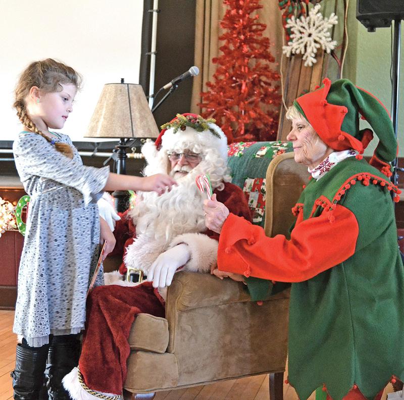 Colfax_Library_Christmas_Party_Santa_Lia_Dec_2018