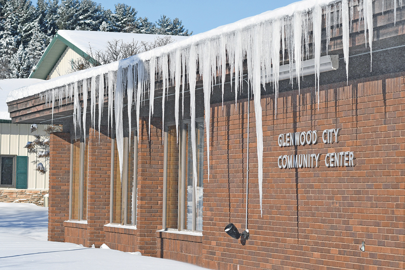 Large icicles at the Community Center