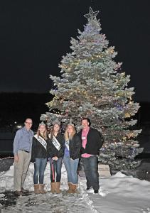 2018 Glenhaven Care Tree Lighting